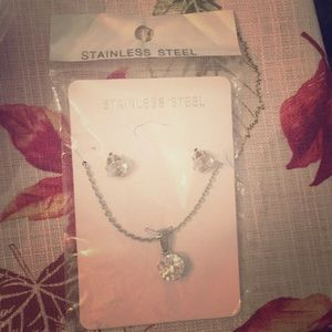 Jewelry - Stainless steel necklace set never opened